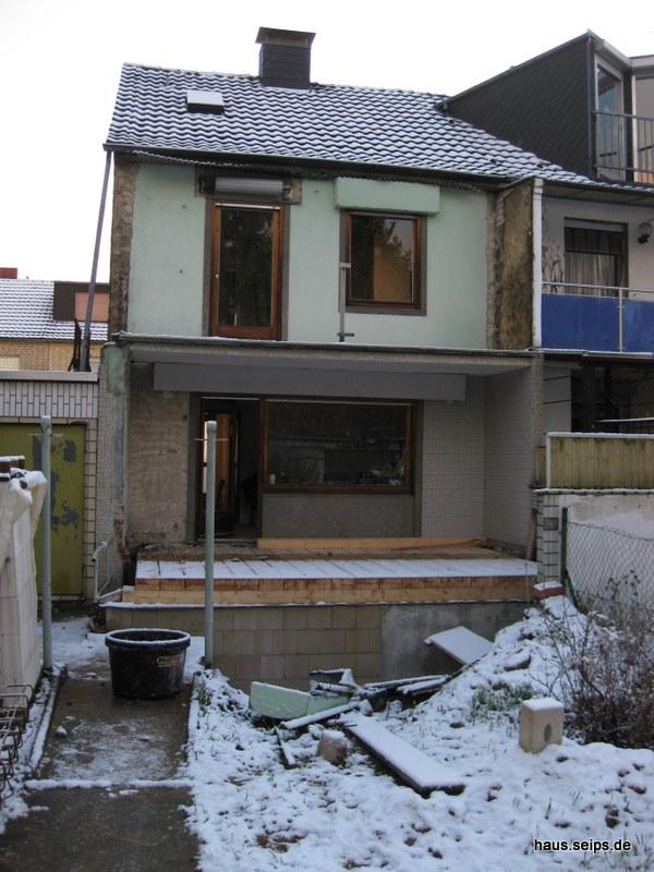balkon hausbau. Black Bedroom Furniture Sets. Home Design Ideas